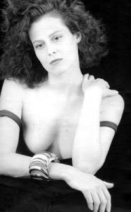 Sigourney-Weaver