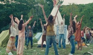 una-scena-del-film-taking-woodstock-di-ang-lee